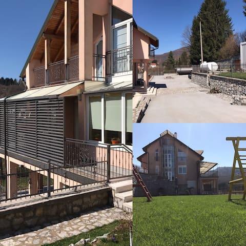 Resnik House