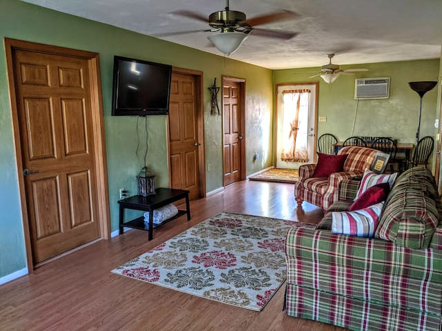 Convenient Primitive Ranch in Heart of Windber