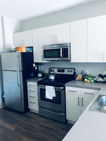 Luxury Corporate Apartment 4 Minutes from Masters