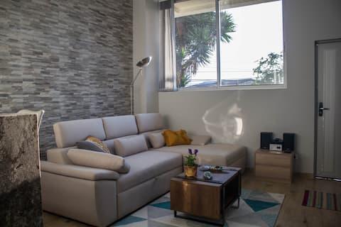 Hermoso Apartamento / Muy Central