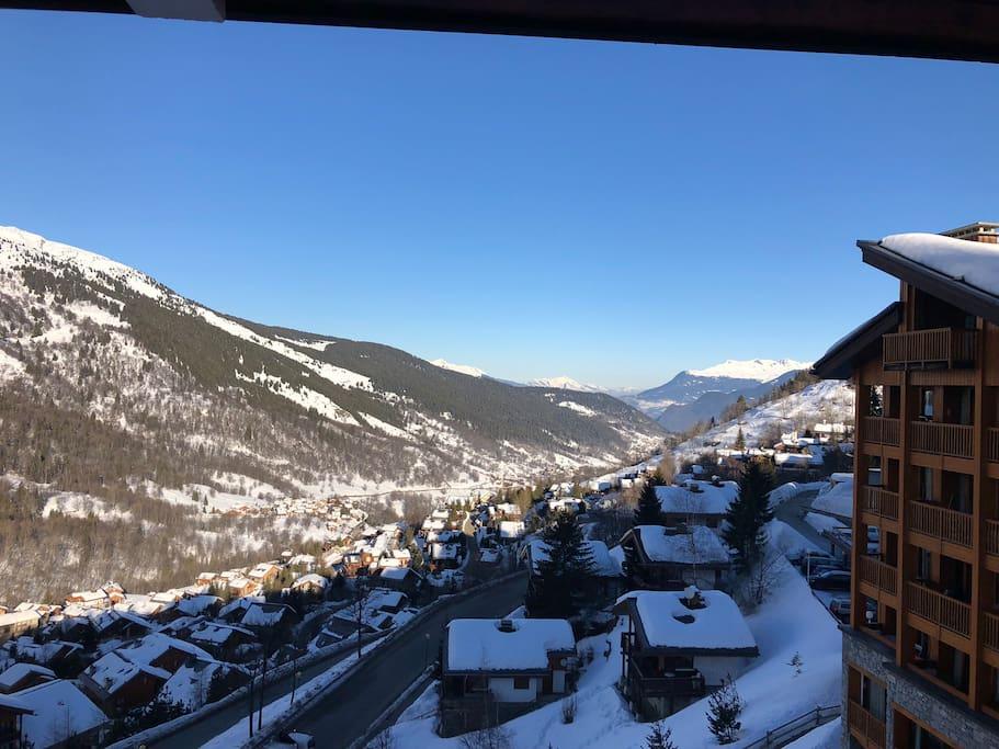 Vue sur la vallée, l'hiver