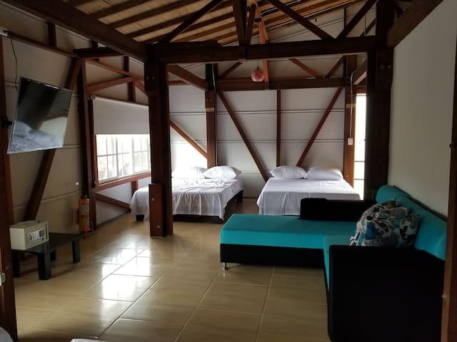 Lofts Gamaliel Bed & Breakfast Zone 2 Second Floor