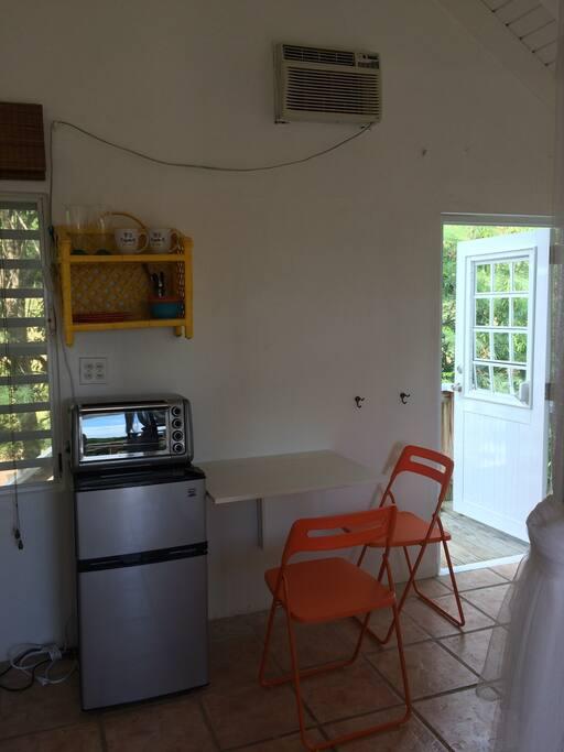 dining kitchenette nook