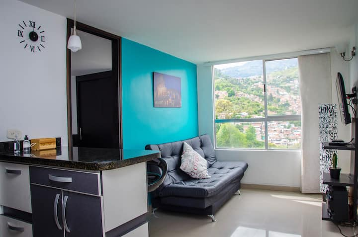 3 blocks from the metro | Amazing view | Modern