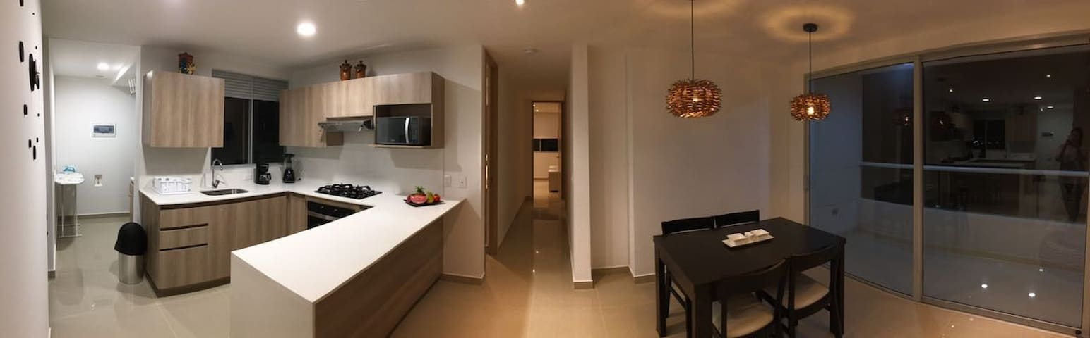 Apartamento de lujo-Zona Norte-PISCINA y GIMNASIO