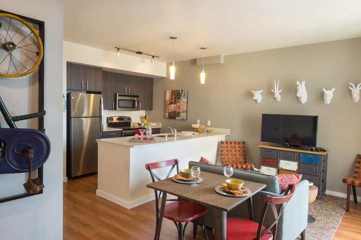 Relax in an apt of your own | 2BR in Seattle