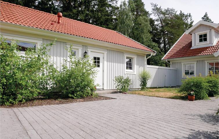 Holiday cottage with 1 bedroom on 40m² in Uppsala