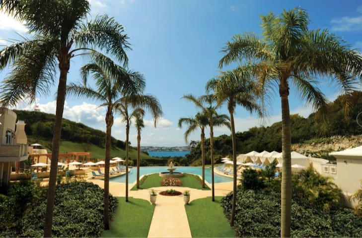 Tuckers Point Harbour Court Bermuda 3BR Villa