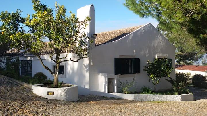 Guesthouse Azeitão, Arrabida.Near beaches