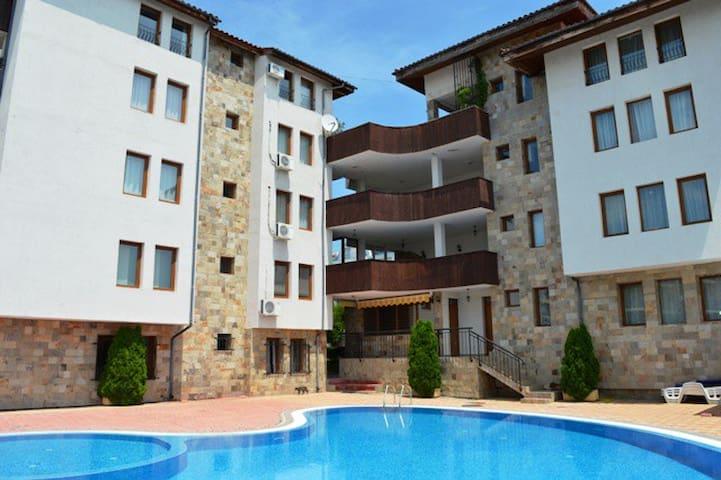 Hotel Shato Nesebar, Апартаменты на 3 гостя.
