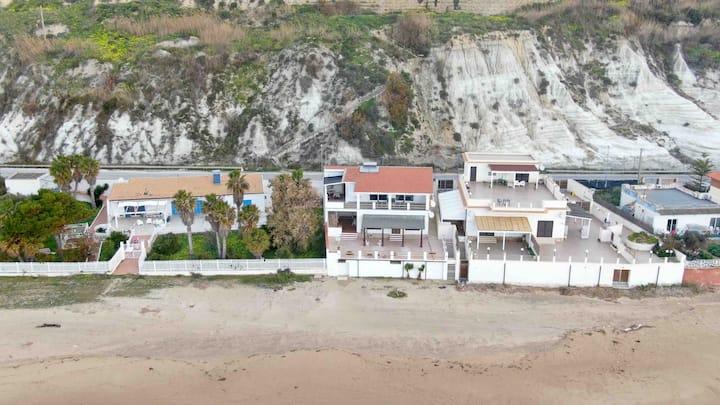 Home Holiday Punta Piccola