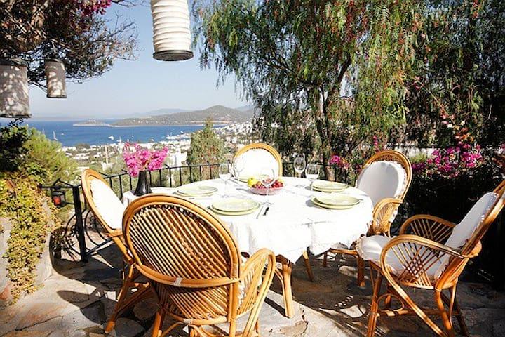 Casa Bella in Bodrum / Turkbuku - Göltürkbükü Belediyesi - Bungalou