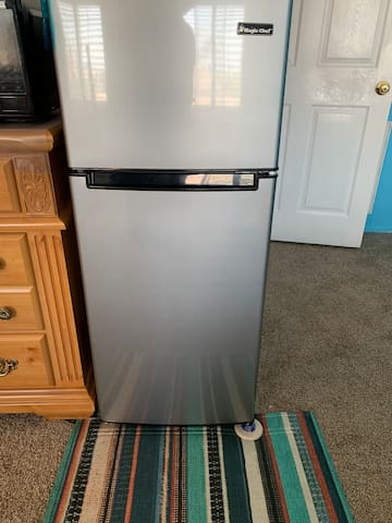 Refrigerator for your private use can easy store and get for cool or cold water,drink,milk,friut and etc.