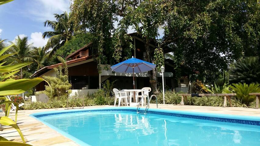 Praia com piscinas naturais- S.J. Coroa Grande-PE
