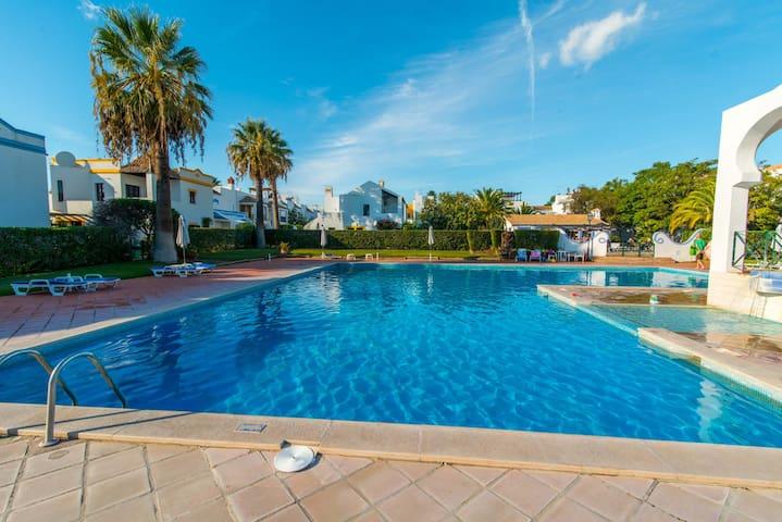 Quinta Velha Village - Estúdio com piscina