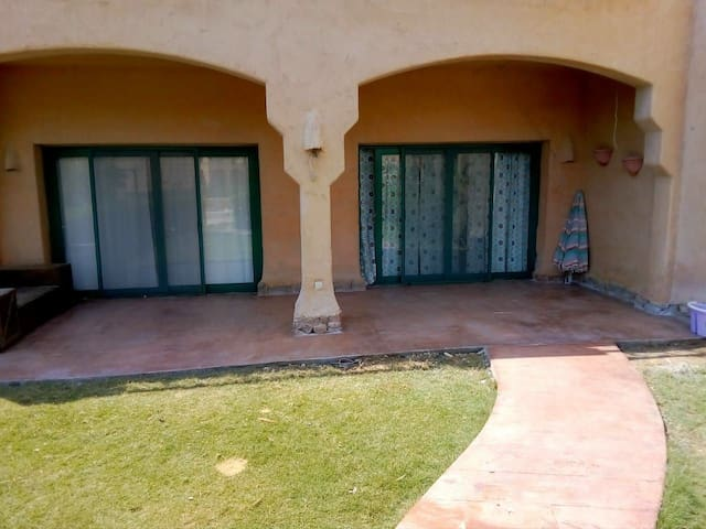 Cosy Chalet for rent in La hacienda ras sedr