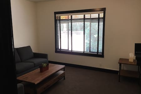 2 Bdrm Apt., 1 block from downtown - Mill Valley