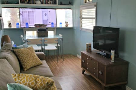 Island Life: The Silver Bullet - Port Isabel - Bungalow