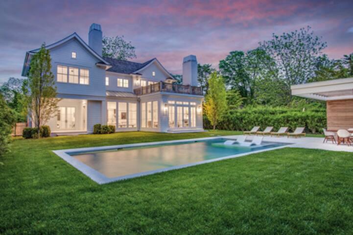 Ultimate East Hampton Village Rental! Brand New!