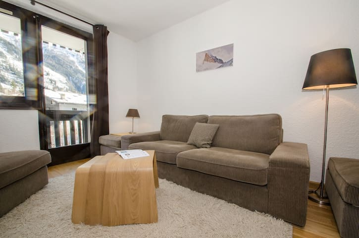 Nice apartment with a breathtaking view of Mont-Blanc