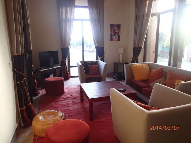 Villa familiale et très sympathique dans un golf - Marrakesh - Villa