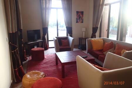 Villa familiale et très sympathique dans un golf - Marrakech - Villa
