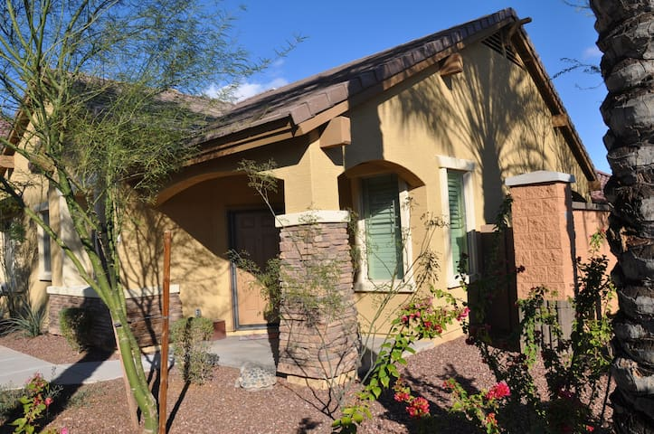 gilbert az cozy meticulous family home houses for rent in gilbert arizona united states