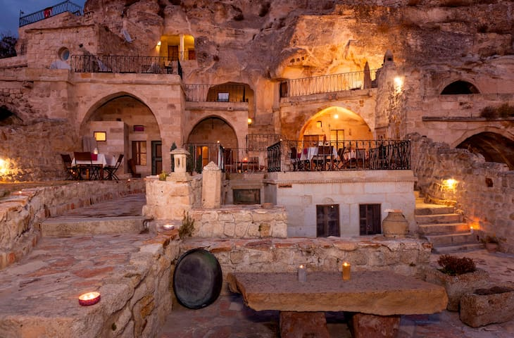 The Cappadocia Hotel - Urgup - Bed & Breakfast