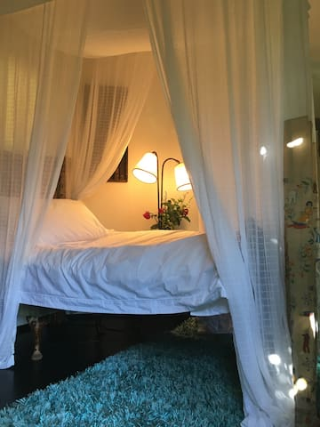 Unique and Cosy Tree House room - Cottesloe - บ้าน