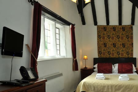 The Old Court - Whitchurch - Bed & Breakfast