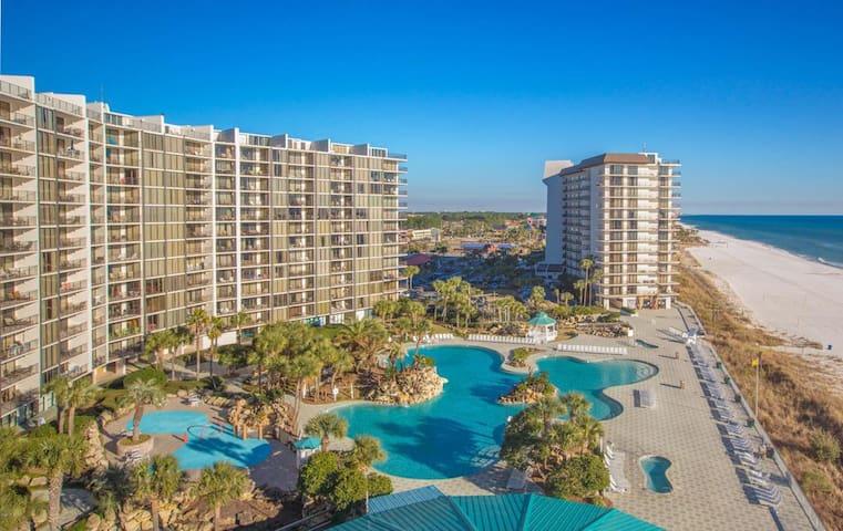 Luxury Beach Condo w/spectacular 2nd Floor views