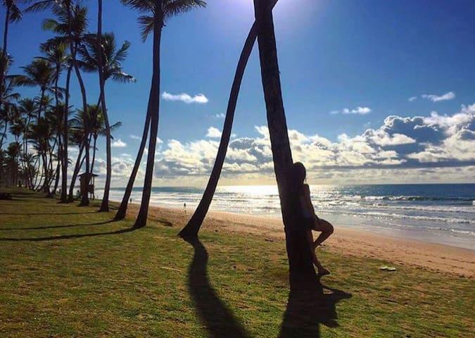 Lindo Quarto a 50m da Praia