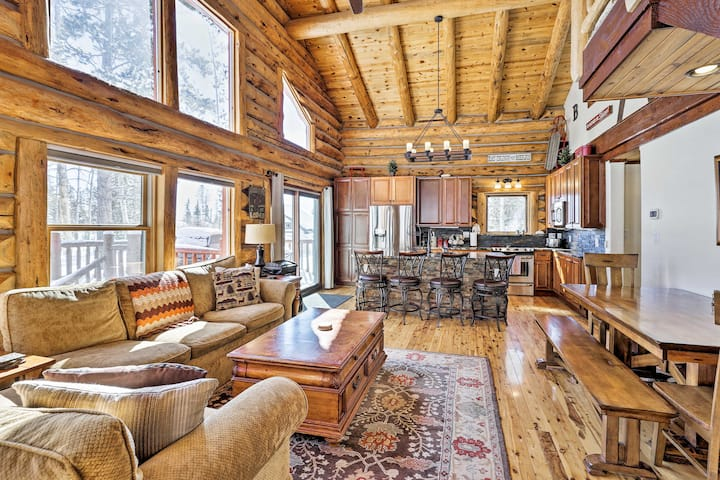 Grand Lake Cabin w/Direct Access to Rocky Mtn. NP!