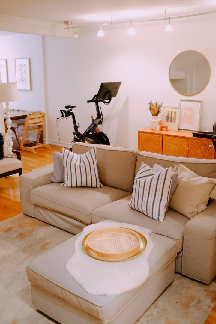 Charming 2 bdr apartment in the heart of the UWS