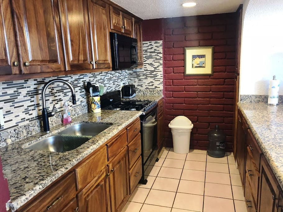 Wonderful new kitchen with granite and tile throughout