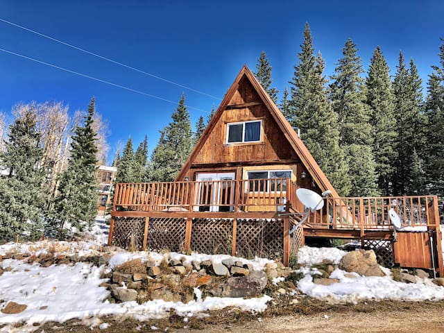 Alma A-Frame Cabin *15 miles to Breckenridge *