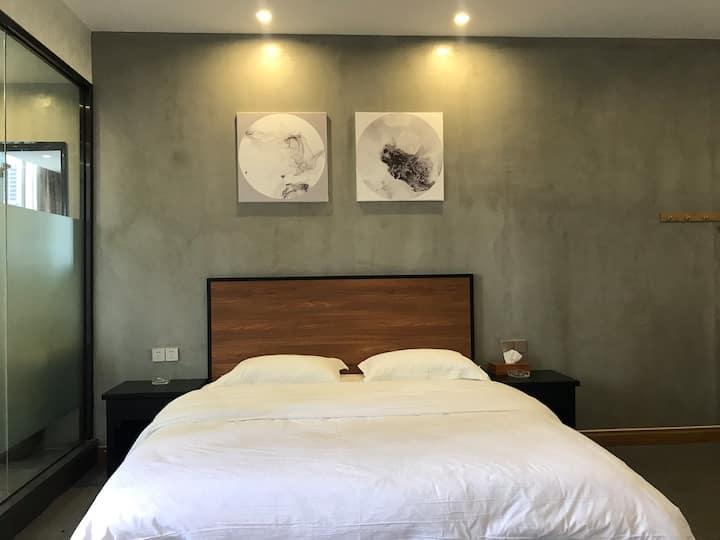 中式简约豪华大床双人房