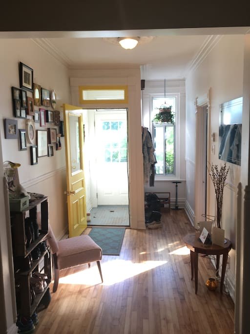 Lovely One Bedroom Apartment In Hip Mile End Apartments For Rent In Montr Al Qu Bec Canada