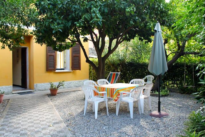 Villa Bruna Enchanting Garden 011019-LT-0032