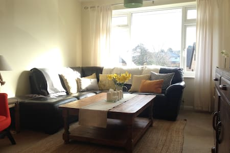 Light and Spacious Apartment in Whitstable - Whitstable - Huoneisto