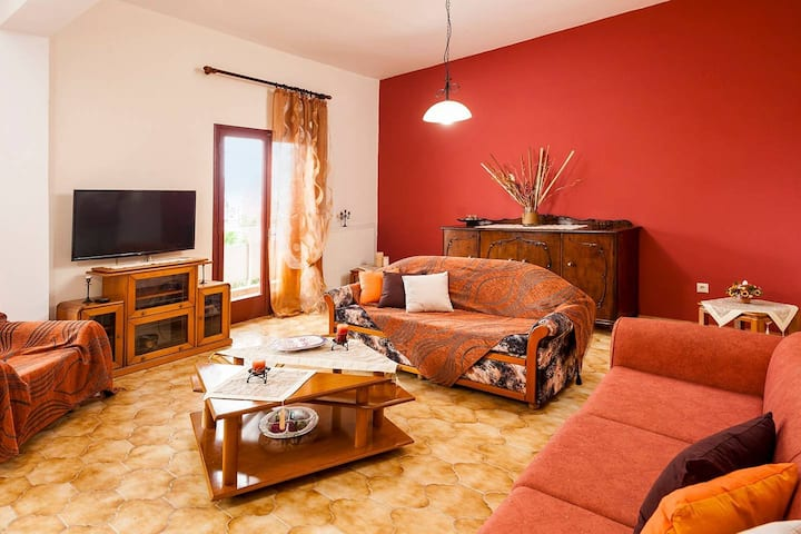 Falassarna House - Comfortable with 3 Bedroom