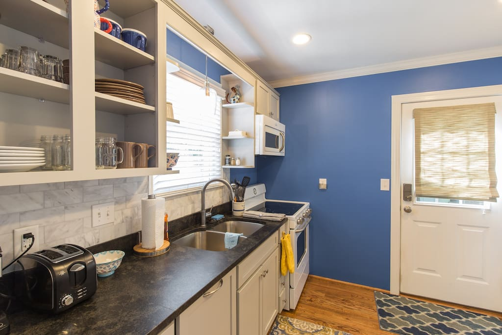 Fully stocked kitchen so that you can enjoy cooking in your home away from home.