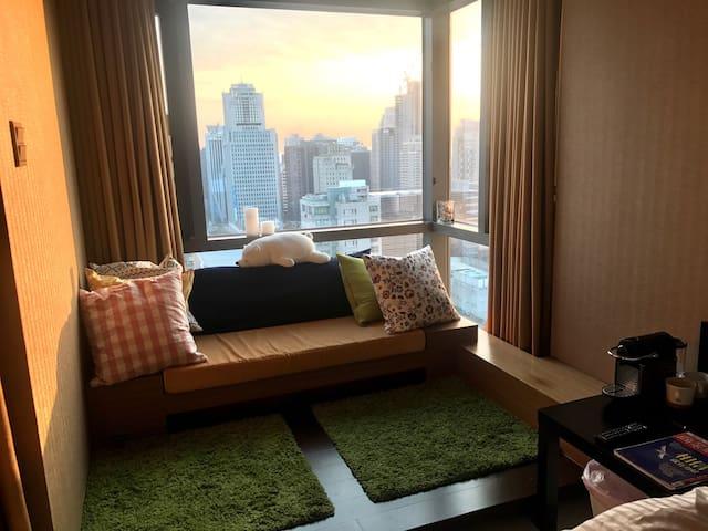艾蜜莉的高樓層五星級夜景房/逢甲七期百貨商圈市中心 - 西屯區