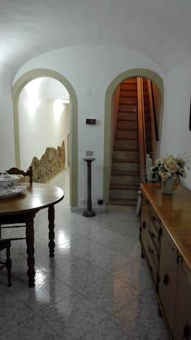 TERRATETTO VOLTERRA CITTA' ETRUSCA - Volterra - Apartment