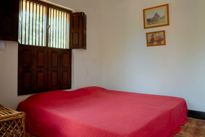 Annexe Room at Dancers Cottage - Villupuram - Bed & Breakfast