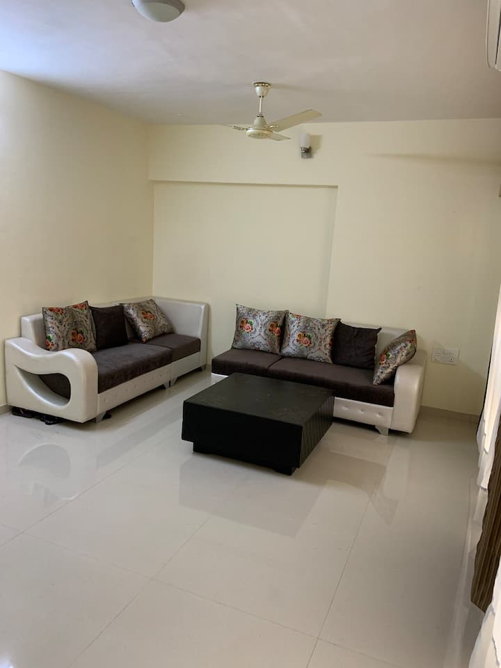 Sea View Room with reasonable price in Parel