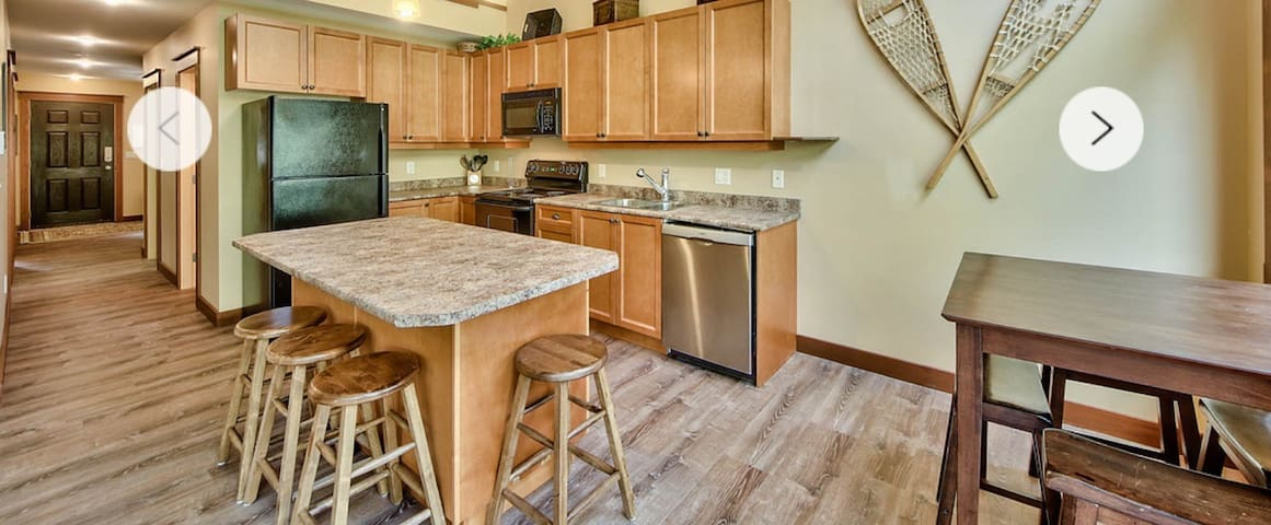Clean furnished suite with all amenities - Sun Peaks - Otros