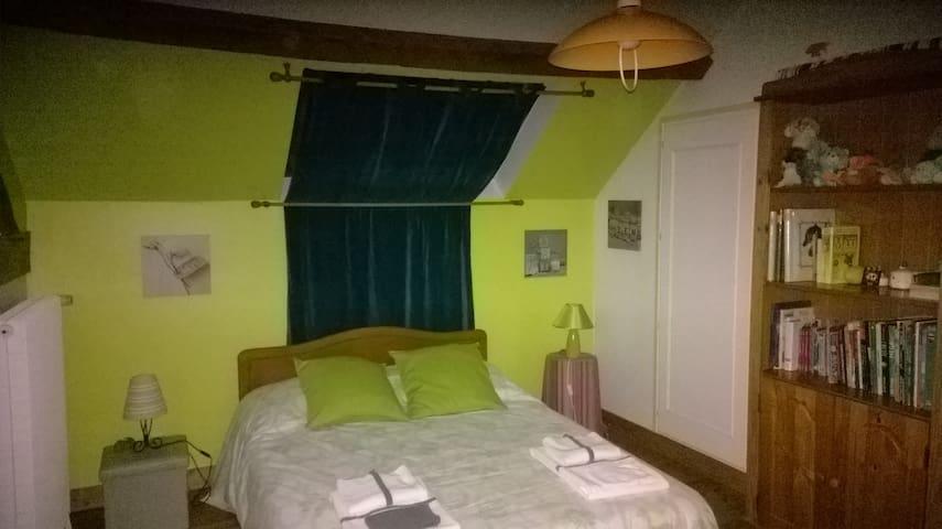Chambre à Boisset (27120)