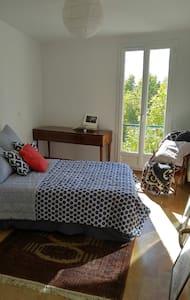 Chambre(s) de charme en provence, Manosque - Manosque - Apartemen