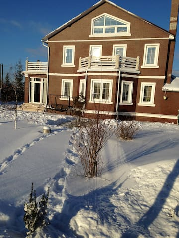 Дом в 8 км от аэропорта Домодедово - Vishnyakovo - Casa